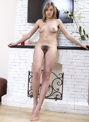 Free Teen Hairy Pussy Porn Pictures