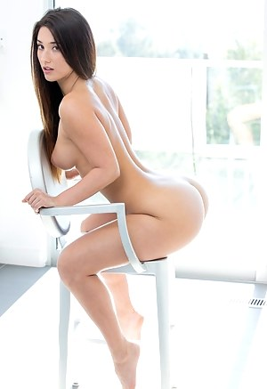 Free Teen Legs Porn Pictures