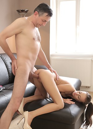 Free Teen Doggystyle Porn Pictures